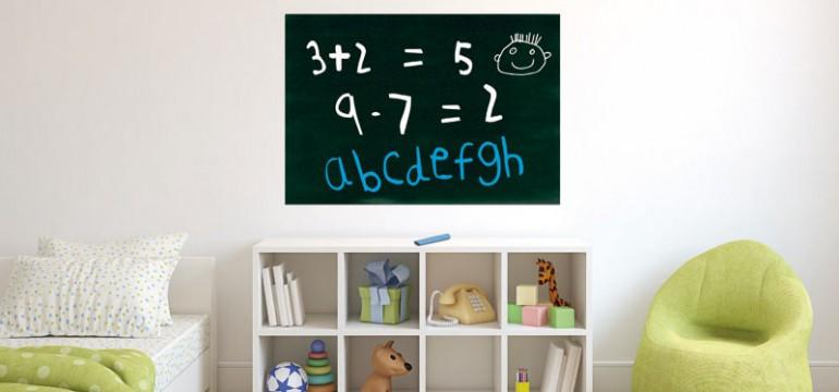 Folie tabla scolara pentru camera copiilor