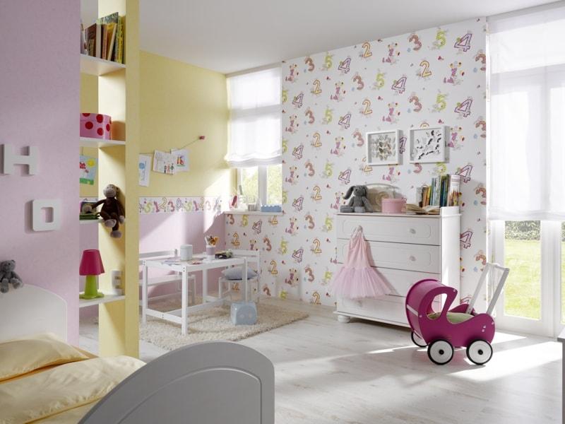Tapet cu litere pentru camera copii