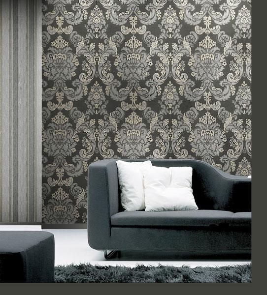 Living decorat cu tapet clasic negru